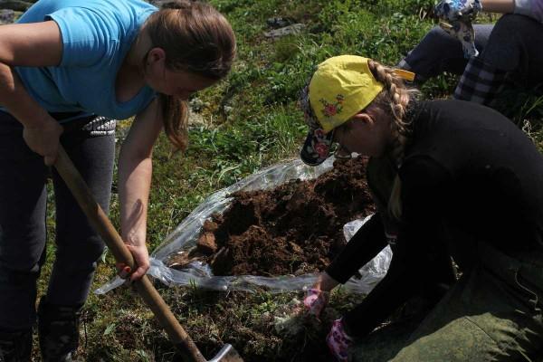 Работа почвоведов на территории заповедника . Изучение почв